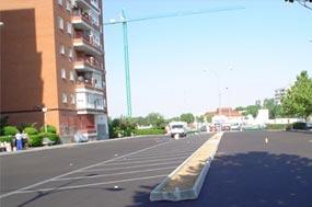 Ejemplo de asfaltos, extendido de aglomerado asfáltico en caliente, en cualquier emplazamiento.
